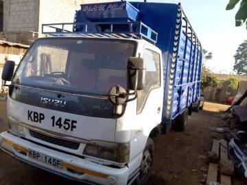 Isuzu ELF lorry. Quick sale