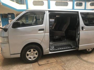 Quick Sale!! Toyota Hiace 2009 Silver, Automatic, Very clean