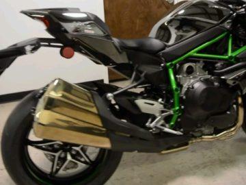 2015 Kawasaki Ninja H2 available whatsapp +971557337543