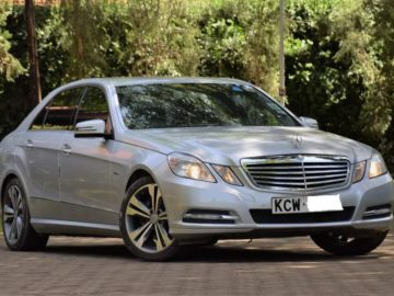Mercedes Benz E200 Year 2012 1800 CC Petrol automatic transmission 2WD silver color