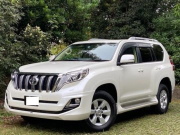 Toyota Landcruiser Prado year 2015 Model Diesel 2800 cc automatic transmission White color fully loaded Ksh 6.95M