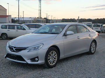 Toyota Mark X Year 2013 KDB Silver Color Hire-Purchase Accepted Ksh 1.58M